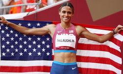 """""""แม็คลาฟลิน"""" ทุบสถิติโลก คว้าหรียญทอง วิ่งข้ามรั้ว 400 เมตรหญิง"""