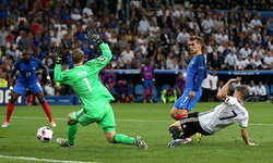 """กรีซมันน์เบิ้ล! """"ฝรั่งเศส"""" อัด """"เยอรมัน"""" 2-0 ลิ่วชิงฯ """"โปรตุเกส"""""""