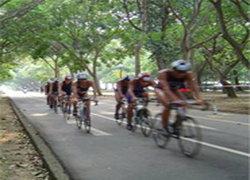 สมาคมสองล้อจัดจักรยานชิงถ้วยพระราชทาน