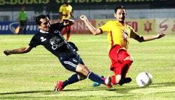 พลังเอ็มโดนก่อนแต่ฮึดแซงบุรีรัมย์สุดมันส์ 2-1