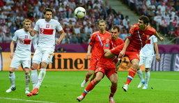 โปแลนด์รอดตาย! ไล่ตามตีเสมอ รัสเซีย 1-1