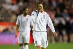 กระทิงยังดุสอนเชิงอังกฤษ 2-0 ฟ้าขาวถลุงตราไก่ 2-0 เบียร์แพ้ 0-1