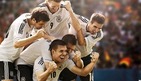 คาเคา,แดร็กซ์เลอร์ หลุดโผ23แข้งเยอรมันชุดลุยยูโร2012