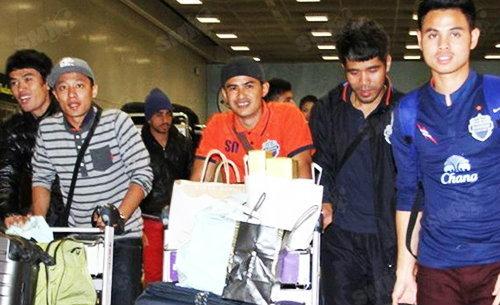 เซราะกราวกลับถึงไทย โค้ชแต็กลั่นประเดิมชัยไทยลีก