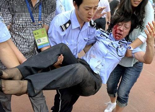 แฟนจีนคลั่งเบ็คแฮมเหยียบกับเจ็บ 7 ราย