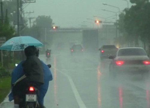 อุตุฯเตือนกลางล่างตอ.มีฝนตกหนัก-กทม.ตก70%