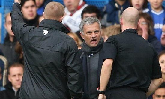 FAตั้งข้อหา'มูรินโญ่'พฤติกรรมไม่เหมาะสม