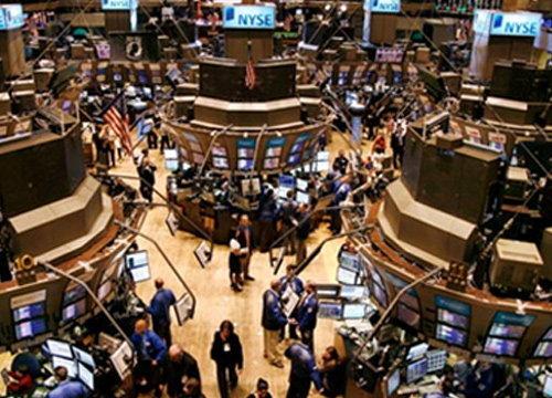 ตลาดหุ้นสหรัฐยังดิ่งหนัก-น้ำมัน,ทองคำลดลง