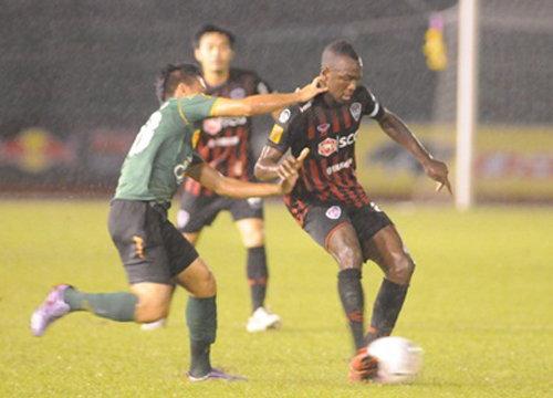 เมืองทองบุกเชือดอาร์มี2-1จ่อแชมป์ไทยลีก