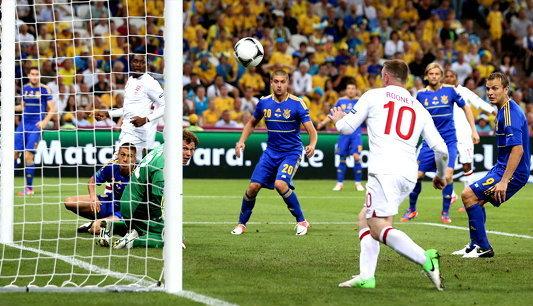 รูนโขกนำชัย! สิงโตขย้ำเจ้าภาพ1-0 เข้า8ทีมชนอิตาลี