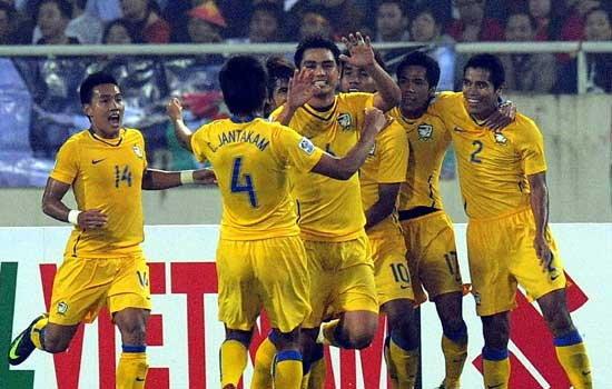 บอลไทยจ่อเรียกลูกครึ่งไทย-สวิสติดธง
