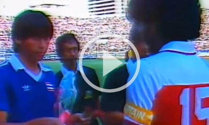 """หาดูยาก! ย้อนอดีต """"ไทย VS. สิงคโปร์"""" นัดชิงซีเกมส์ 1985 (คลิป)"""