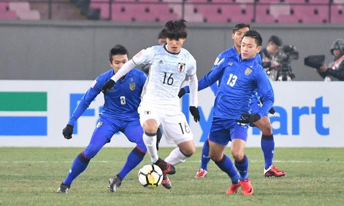 """ต้านไม่อยู่! """"ไทย"""" โดน """"ญี่ปุ่น"""" ยิงท้ายเกมพ่าย 0-1 ศึกชิงแชมป์เอเชีย U23"""