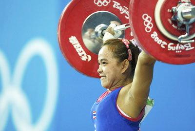 เพ็ญศิริ คว้าเหรียญเงิน ให้ทัพกีฬาไทยในกวางโจวเกมส์