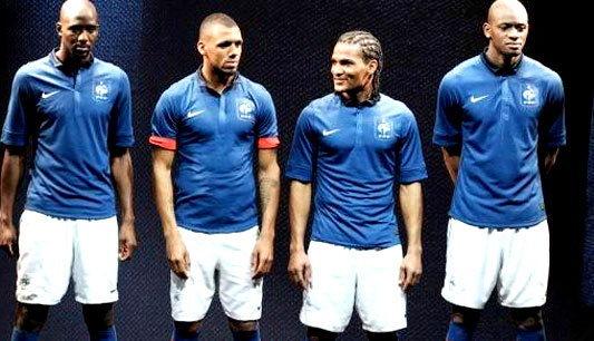 บล็องก์ ส่ายหัว! ชุดแข่งใหม่ฝรั่งเศสไม่แหล่ม