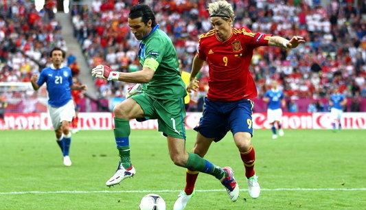 ประมวลภาพ สเปน เสมอ อิตาลี 1-1