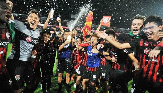 ฟุตบอล : เมืองทองฯ กับแชมป์ที่คู่ควร