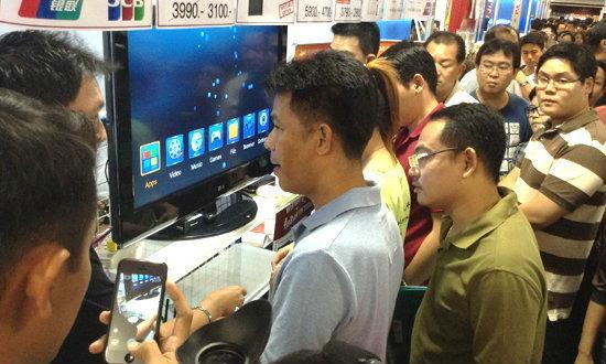 ซีทีเอชเอาจริงจับละเมิดลิขสิทธิ์คางาน Thailand Mobile Expo 2013