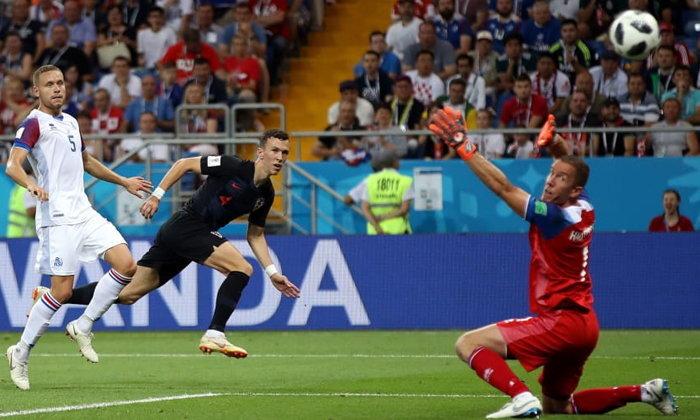 """ไม่มีปาฏิหาริย์! """"เปริซิช"""" ยิงพา โครเอเชีย ปลิดชีพ ไอซ์แลนด์ 2-1"""