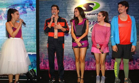 """ว้าว! ดาราดังตบเท้า ร่วมงาน """"Supersports Summer Fashion Show 2014"""""""