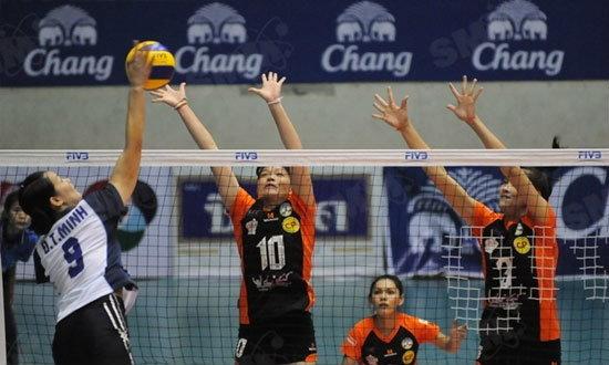 สู้ไม่ไหว! ตบสาวไทยฮึดไม่พอพ่ายเหงียน 2-3 ชิงแชมป์เอเชีย