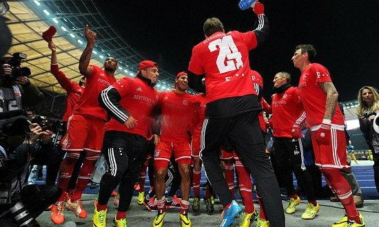 เสือใต้โคตรทีมทุบสถิติซิวแชมป์ลีกเร็วสุด!