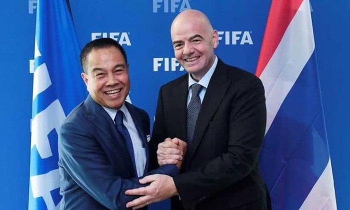 """สุขภาพต้องมาก่อน! ส.บอลขอบคุณฟีฟ่าหลังเชิญ """"ทีมหมูป่า"""" ชมเกมนัดชิงบอลโลก"""