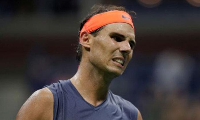 """""""นาดาล"""" ผ่าข้อเท้าถอนตัวเทนนิสเอทีพีไฟนอลส์"""