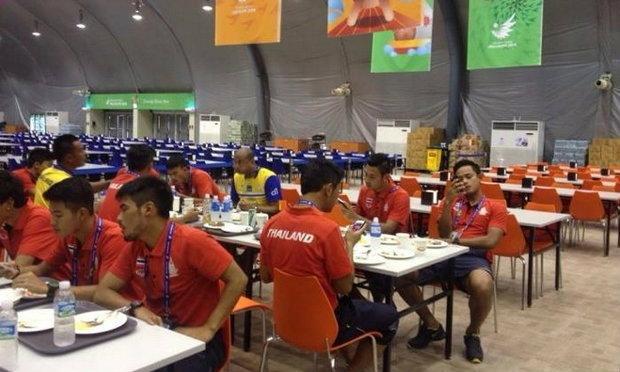 ทัพนักเตะทีมชาติไทย เดินทางถึงอินชอนก่อนหวดมัลดีฟส์ 15 ก.ย.