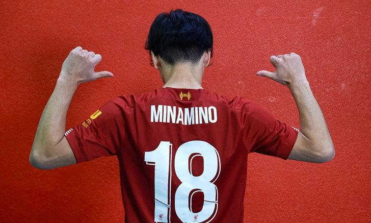 """อยู่เป็น! """"มินามิโนะ"""" พูดถึง """"คล็อปป์"""" หลังเปิดตัวในฐานะแข้งใหม่หงส์แดง"""