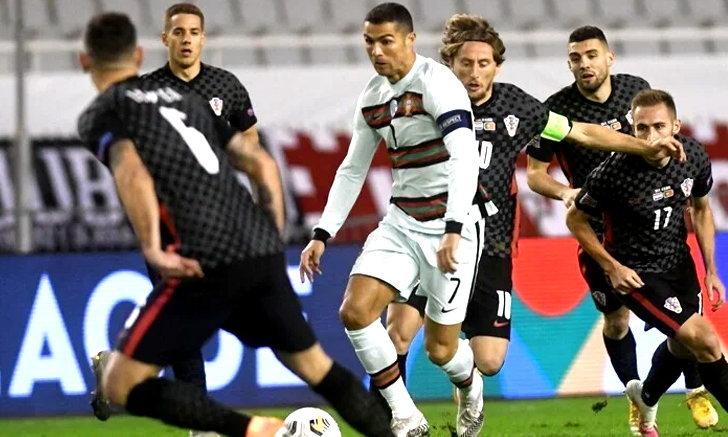 โปรตุเกส บุกเฉือนหวิว โครแอต 3-2 ชวดเข้ารอบรองฯ เนชันส์ ลีก