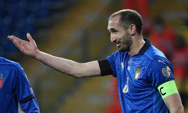 """""""คิเอลลินี"""" เตือนเพื่อนอิตาลี ต้องเคารพฝีเท้าของ """"ลูกากู"""" อย่างสูงสุด"""