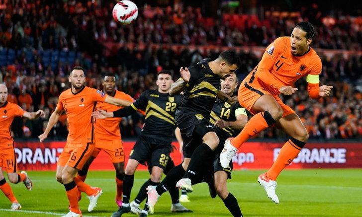 เนเธอร์แลนด์ รัวยิง ยิบรอลตาร์ 6-0 นำโด่งจ่าฝูงกลุ่ม จี
