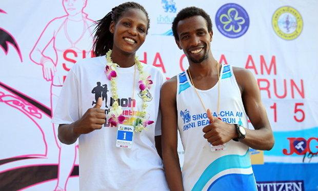 นักวิ่งปอดเหล็กเคนย่า เหมาแชมป์ชาย-หญิง วิ่ง สิงห์ บิกินี่ 2015