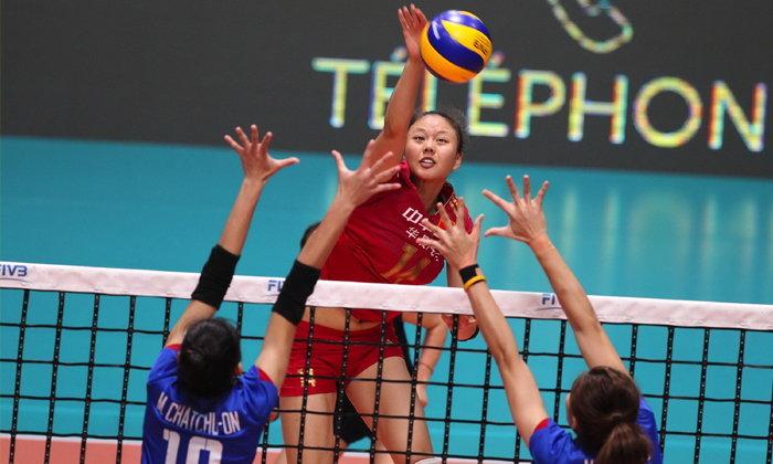"""ต้านไม่ไหว! """"สาวไทย"""" พ่าย """"จีน"""" 0-3 เซต ชวดแชมป์"""