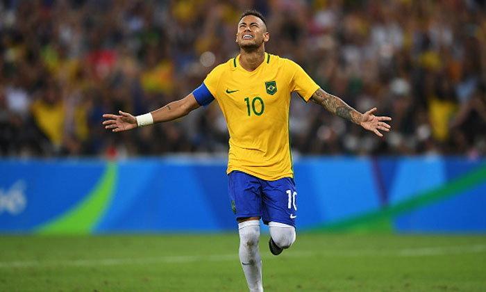 """ภารกิจสำเร็จ! """"เนย์มาร์"""" สละปลอกแขนกัปตันทีมชาติ """"บราซิล"""""""