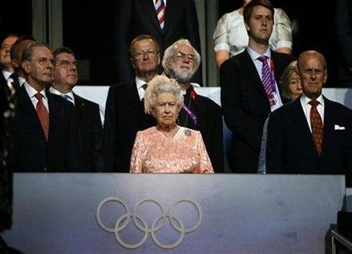 ควีนเอลิซาเบธที่2เสด็จเยี่ยมโอลิมปิกพาร์ค