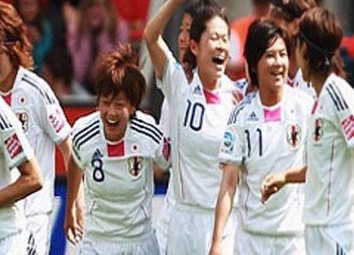 แข้งสาวปลาดิบถล่มสวิตเซอร์แลนด์ยับ4-0