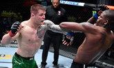 """ชนะขาดลอย! """"เว็ตโตรี"""" ไล่ทุบต้อนแต้ม """"ฮอลแลนด์"""" ศึก UFC Fight Night"""