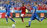 """""""ไอซ์แลนด์"""" เฉือน """"ออสเตรีย"""" ทดเจ็บ 2-1 ลิ่วชนสิงโต"""