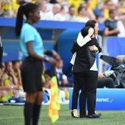 มาดามแป้งร้องไห้