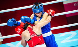 """สดชนะเก๋า! """"ใบสน"""" สาวไทยเฮแต้ม นักชกรัสเซีย ลิ่ว 16 คน กำปั้นโอลิมปิก 2020"""