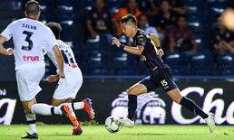 เจาะไม่เข้า! บุรีรัมย์ ทำได้แค่เปิดบ้านเจ๊า สุพรรณบุรี 0-0 รั้งจ่าฝูงไทยลีกต่อ