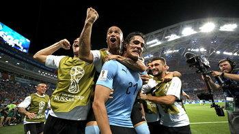 """""""คาวานี่"""" เหมา! อุรุกวัย เขี่ย โปรตุเกส 2-1 ลิ่ว 8 ทีมชน ฝรั่งเศส"""