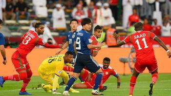 ญี่ปุ่น เฉือนหวิวโอมาน 1-0 ฉลุยเข้ารอบสองเอเชียนคัพ (คลิป)