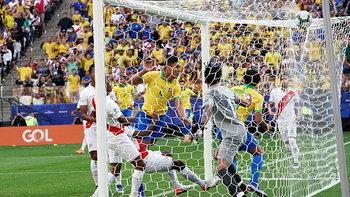 โหดจัด! บราซิล ไร้ปราณีถล่ม เปรู 5-0 ซิวแชมป์กลุ่มเอ ฉลุยรอบ 8 ทีม