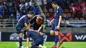 """""""สุภโชค"""" ขอโทษแฟนบอลไทย ตัดสินใจพลาดทดเจ็บ ขอโอกาสแก้ตัวนัดเยือนอินโดฯ"""