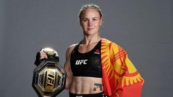 """กระสุนสาวคีร์กิซ! """"วาเลนตินา เชฟเชนโก้"""" ผู้ใช้มวยไทยครองบัลลังก์แชมป์ UFC"""