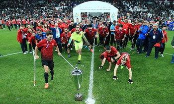 """โคตรมันส์! """"ตุรกี"""" ซัดชัยทดเจ็บเฉือน """"อังกฤษ"""" คว้าแชมป์ยุโรปฟุตบอลผู้พิการแขนและขา (คลิป)"""
