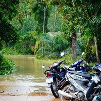 น้ำท่วมหมู่บ้านพื้นที่ลุ่มต่ำ
